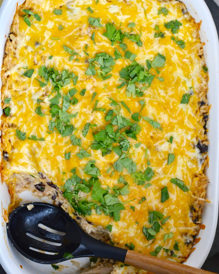 Chicken and Rice Bake with Salsa Verde | Super simple and healthy weeknight dinner, ready in a flash. Brown rice, salsa verde, cream cheese, chicken and black beans.