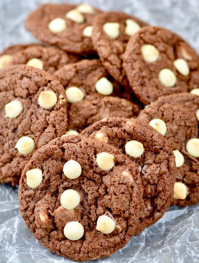 Chewy Chocolate Cookies with Pecans and Chocolate Chips - 3 add-in ideas. Amazing chocolatey recipe. Simple, delicious and SO chewy.