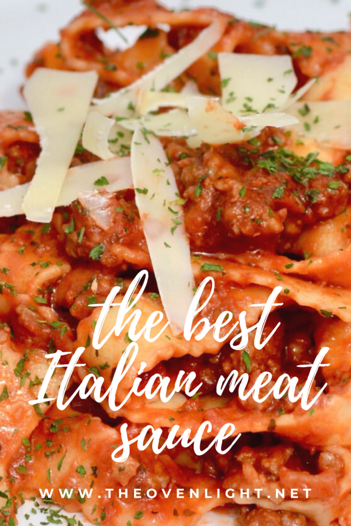 Italian Meat Sauce with Ground Beef and Italian Sausage - Smooth, delicious and easy to make! Take spaghetti night to the next level! #pastanight #spaghetti #Italian #meatsauce