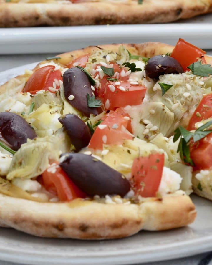 Greek party pizza - simple vegetarian lunch or appetizer