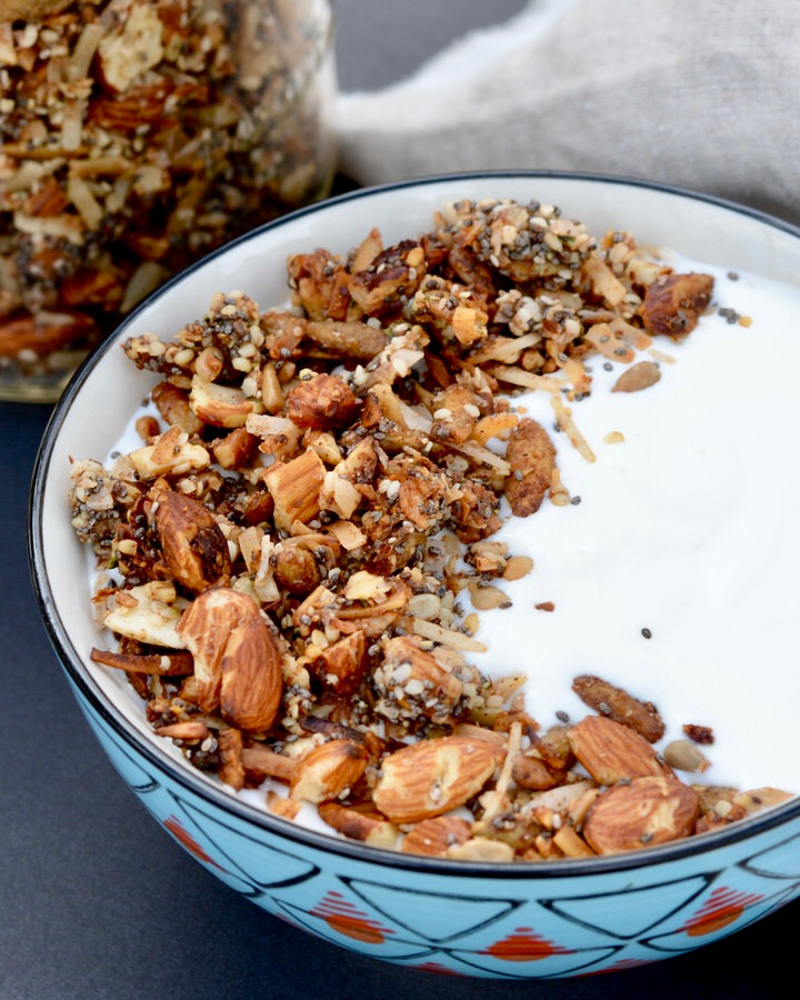 Grain Free Granola | Packed with protein and healthy fats, no refined sugar. Tates delicious on yogurt or just by the handful. Gluten free, grain free, refined sugar free!