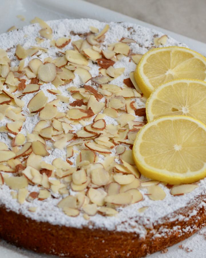 Lemon Almond Cake | Gluten Free, delicious and only 5 ingredients