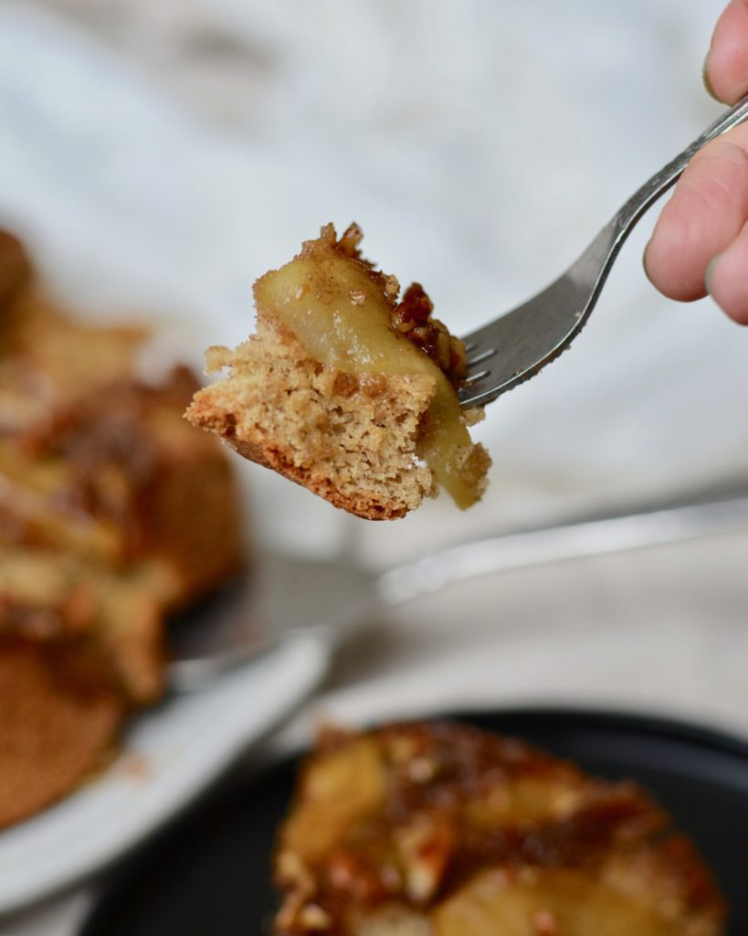 Upside Down Apple Cake | Warm, gooey, sugary topping with pecans, apples and brown sugar. Delicious fall dessert.