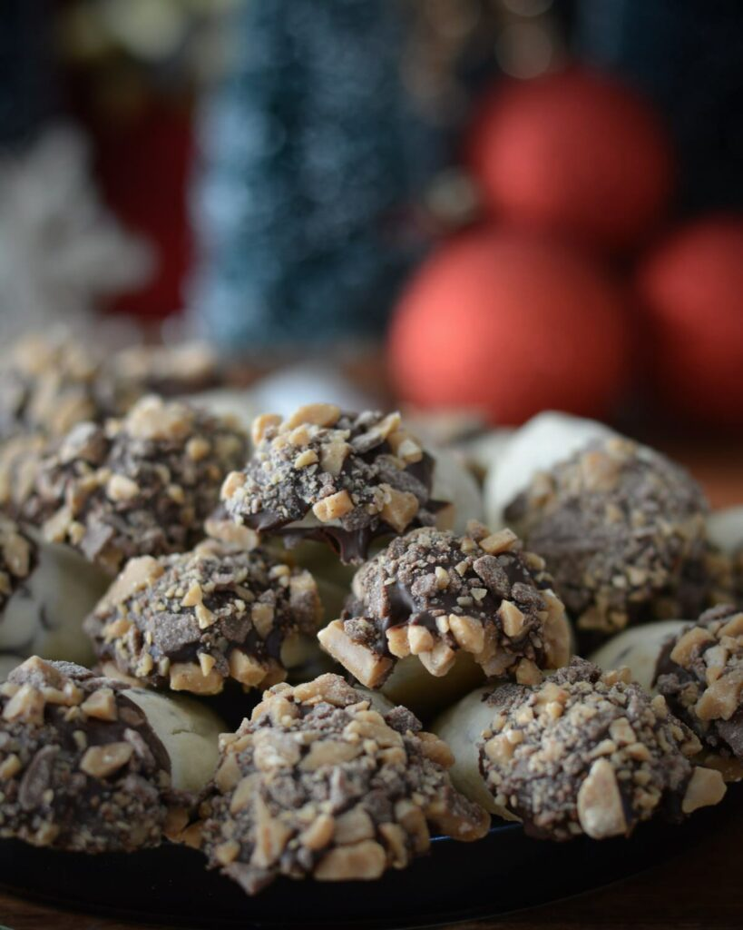 Toffee Log Cookies | Gluten Free and super simple. Perfect Christmas cookie to share or devour all by yourself.